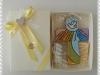 confezione gialla con croce cm 15